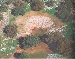 Το αρχαίο θέατρο Οινιαδών