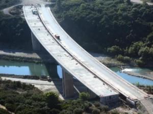Η γέφυρα του Ευήνου