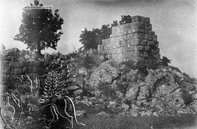 Το κάστρο της Παλιομάνινας 3