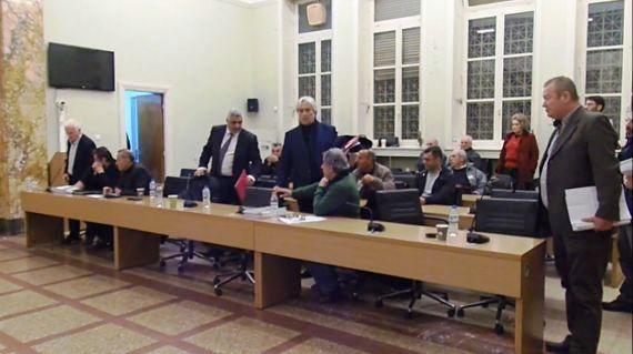 Αποχώρησε σύσσωμη η αντιπολίτευση από την συνεδρίαση για τον απολογισμό