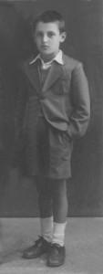 Ο γλύπτης Θόδωρος το 1939